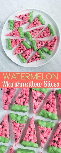 A fun no bake summer watermelon themed dessert - watermelon marshmallow slices! A fun no bake summer watermelon themed dessert - watermelon marshmallow slices! Mini Desserts, Winter Desserts, Homemade Desserts, Best Dessert Recipes, No Bake Desserts, Delicious Desserts, Snack Recipes, Yummy Food, Oreo Desserts
