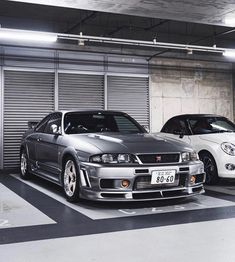 Godzilla and Unicorn in One🦖💨🌈 Nissan Skyline NISMO Based on the Skyline GT-R of the and built to celebrate Nissan's… Nissan Skyline Gtr R33, Nissan R33, R33 Gtr, Tuner Cars, Jdm Cars, Street Racing Cars, Auto Racing, Drag Racing, Honda Civic