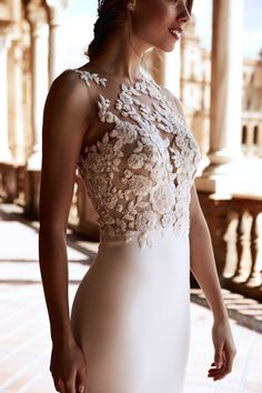 RAIKA from the Atelier Pronovias 2018 Preview Collection