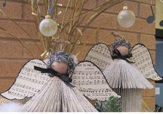Cómo hacer #ángel de #Navidad con #papel de #periódico paso a paso #HOWTO #DIY #artesanía #manualidades #reciclaje