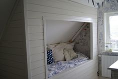 inbyggd säng snedtak - Sök på Google