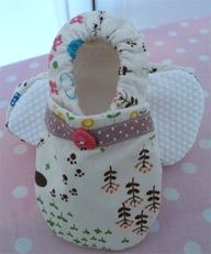 This is a tutorial for slippers for babies and toddlers. They are pretty easy to make and you can make slippers to match clothes or pyjamas. For slippers that fit babies over 6 months old you should use non-slip gripper for the soles.  By Sew Christine