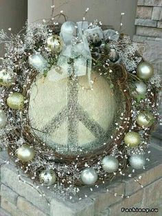 ☮ American Hippie Bohéme Boho Lifestyle ☮ Holiday .. Christmas Wreath - Peace Sign