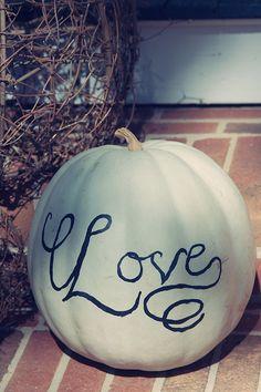 Halloween wedding pumpkin