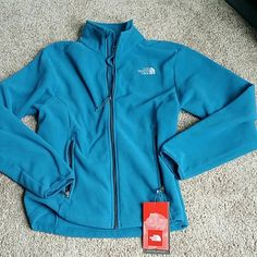 Northgate fleece jacket Brand new, super soft and warm!   2 zipper pocket out side, 1 compartment inside. Pix 2 is representing it's color most closely.  It's Men's S but it fit me so I got it for myself from the Woodbury outlet up in New York.  But when I came home I had couple more jackets  just like it already:).   I wear dress size 6 to 8 and it fits me comfortably.  If you are buying for your guy, it is true to it's size for men.  Either way, this will work really well for you this…
