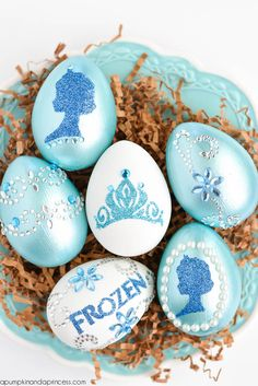 Frozen Easter Egg decorating idea  from A Pumpkin and a Princess