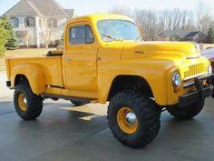 International harvester 4x4 pickup