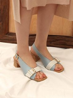 Shoe Sites, Salvatore Ferragamo, Blue And White, Flats, Spring, Shoes, Fashion, Loafers & Slip Ons, Moda