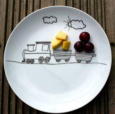 Children's fun food side plate  train design di MrTeacup su Etsy, $15,00