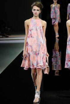 VOGUE fashion   trends   これがフラワー×パステル、春のお手本ルック!   5