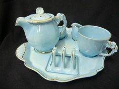 Ridgway tea and toast Vintage Tea Parties, Tea For One, Tea Service, Breakfast In Bed, Chocolate Pots, Vintage China, Tea Cup Saucer, Tea Mugs, A Table