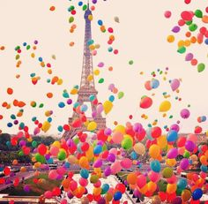 Balloons at the Eiffel Tower