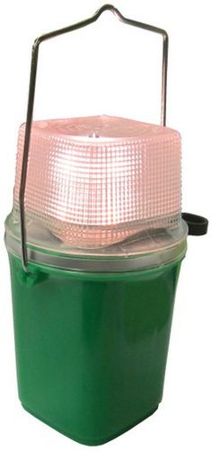 Rocket RL401 Flashlight, With Eveready 509 Lantern Battery www.BatteriesAndButter.com