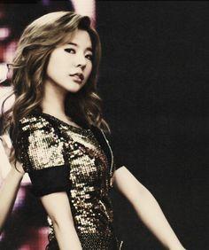 SNSD Sunny.. I LOVE HER HAIR!!