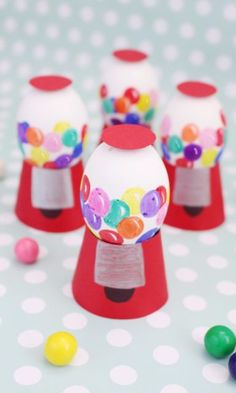 Want something totally different and whimsical for your Easter eggs this year? Try making a wee gumball machine.