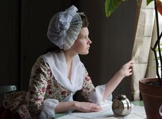 http://www.couturemayah.info/ Beautiful Blog by a girl who sews exquisite costumes for fun. . .photography is lovely!!