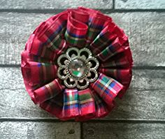 This is a vintage style brooch rosette made with the lovely Royal Stewart Red Tartan verified with the genuine tartan authority Scotland in Tartan Sash, Tartan Plaid, Scrap Fabric Projects, Sewing Projects, Irish Tartan, Royal Stewart Tartan, Tam O' Shanter, Brooch Corsage, Scottish Gifts