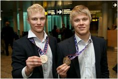 Teemu Pulkkinen and Mikael Granlund. Too much Finnish beauty in one picture.