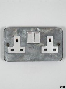 galvanised double socket switched 13 amp
