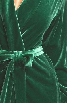 Oscar De La Renta, Zahara Nights, Velvet Robe in Emerald Green