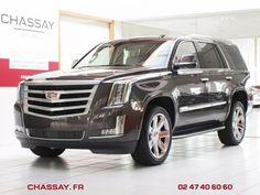 **** CADILLAC ESCALADE III 6.2 V8 409 ch Premium SUV Gris foncé occasion - 109 700 €, 10 km ****