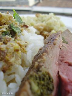 ********☆ Gigot d'agneau au gingembre et menthe + sauce à la pistache et coriandre