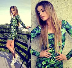 i don't smoke but i love this dresssss. the colors are amazing.