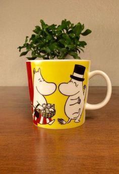 Moomin Family mug discontinued by Arabia by EarthshipVintage