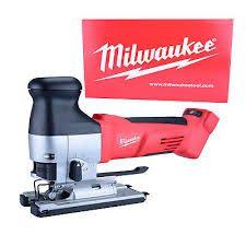 Milwaukee Stichsäge im Test + Handhabung  +Brett von oben und unten schneidbar +2 stufen Geschwindigkeit +einfaches blattwechseln  -kein Laser Milwaukee, Boards
