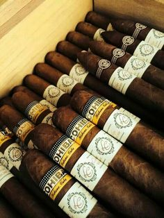 An assortment of fine Cuban Cigars Cigars And Whiskey, Good Cigars, Pipes And Cigars, Scotch Whiskey, Cuba Cigar, Cohiba Cigars, Rum, Cigar Club, Cigar Accessories
