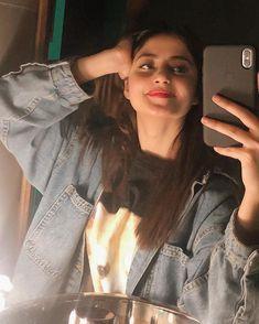 Girly Images, Stylish Girl Images, Stylish Girl Pic, Pakistani Girl, Pakistani Bridal Dresses, Pakistani Actress, Sajal Ali Wedding, Sajjal Ali, Ideas For Instagram Photos
