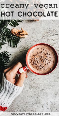 The vegan hot chocolate recipe of your dreams: It's easy to make, ultra sweet and creamy - and made from 100% healthy and wholesome ingredients! Just the homemade Christmas treat you've been looking for. Your kids are going to love it - make it for Christmas Eve or Christmas Morning Brunch - either way, it's the best! | #christmas #vegan #healthy #sustainable #cleaneating