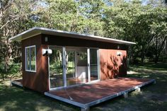 Stingray Cabin 20ft   Container Homes & Pop-Up Shops