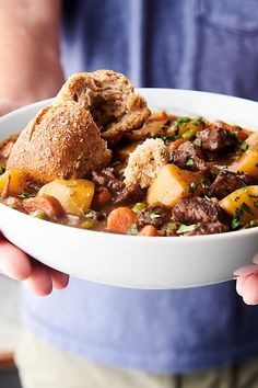 Beef Stew - 20-Minute Prep - Hearty and Delicious! Slow Cooker Recipes, Beef Recipes, Healthy Recipes, Easy Recipes, Soup Recipes, Slow Cooker Italian Beef, Healthy Weeknight Meals, Vegetarian Soup, One Pot Meals