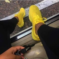 Nothing like yellow shoes to brighton your workout!