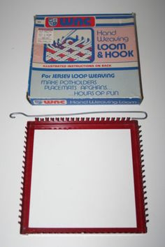 Vintage-Metal-Hand-Weaving-Loom-with-Hook-WNC-New-in-Box