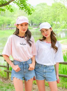 Korean Girl, Asian Girl, Dope Outfits, Fashion Outfits, Bff Girls, Best Friend Outfits, Western Outfits, Kawaii Fashion, College Girls