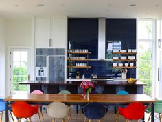 Blue glass tile backsplash by Helios Design Group Loft Kitchen, Farmhouse Style Kitchen, Island Kitchen, Kitchen Reno, Modern Kitchen Backsplash, Kitchen Design, Kitchen Ideas, Backsplash Ideas, Kitchen Images