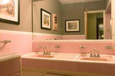 Pink bathroom   Retro Renovation