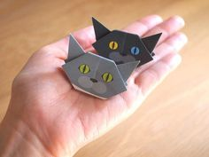 Cat Origami Mini Size https://catchy-boutique.com/collections/catchy-original/products/catchy-cat-mini-origami