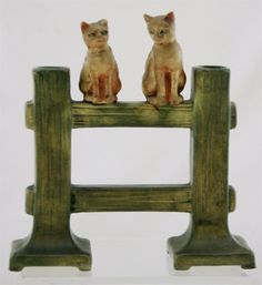 "WELLER MUSKOTA 7.5"" x 7"" CATS ON A FENCE POST DOUBLE BUD VASE W/AMBER CATS 