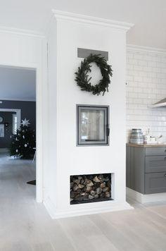 love you home! Beautiful Home Designs, Beautiful Homes, Little Christmas Trees, White Christmas, Xmas, Living Etc, Living Room, Log Burner, Love Your Home