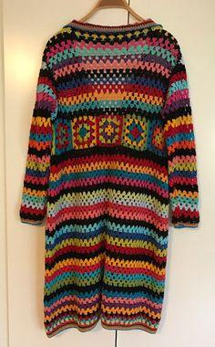 Virkad kofta med mormorsrutor och mormorsränder | Sticka & Virka Crochet Baby Dress Pattern, Crochet Cardigan, Skirt Pants, Christmas Sweaters, Chevron, Men Sweater, Knitting, Casual, Clothes