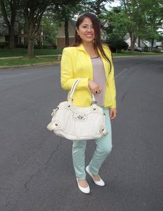 There is awesome collection of outfits that fits for formal occasions, events, meetings and workplaces as well. Enjoy the Classic work outfit ideas and look stylish even while going to work. Classic Work Outfits, Summer Work Outfits, Yellow Top, Dior, My Style, Pastel Colors, Stylish, Bags, Collection