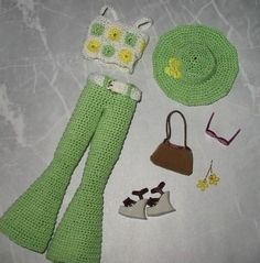 1970s outfit to crochet for Barbie (This photo is not in the pattern book; it is my own picture of the outfit - HF.)  http://www.amazon.com/Twentieth-Century-Fashion-Doll-Collection/dp/1596350989