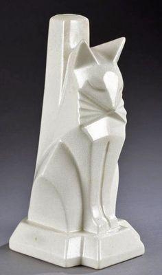 Waylande-Gregory-deco-cat-lamp