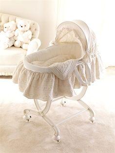 alternate furniture set: i love this antique white changing table, Innenarchitektur ideen