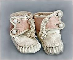 antique baby shoes