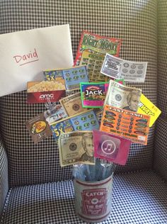 18th Birthday Bouquet With Gift Cards, Scratchers, Candy, and Money ✨ #CuteIdea
