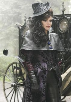 [CLOSET ENVY] The Evil Queen on 'Once Upon a Time' - Glamazon Diaries